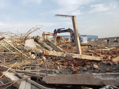 Tin túc : Sập tường công trình ở Đồng Nai làm 10 người chết